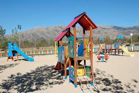 Ciudadanos (C's) Tres Cantos propone establecer áreas caninas independientes de las zonas de juegos infantiles